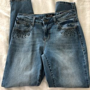 Earl studded jeans size 6